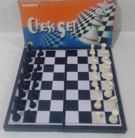 Ajedrez Magnético Chess Set