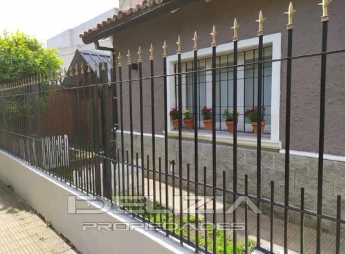 Imagen 1 de 12 de Venta De Casa En Castelar