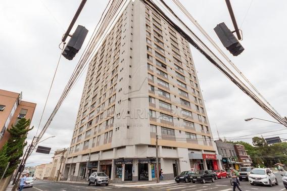 Apartamento - Ref: V3118