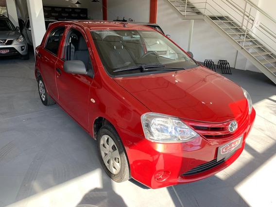 Toyota Etios 1.3 X Completo