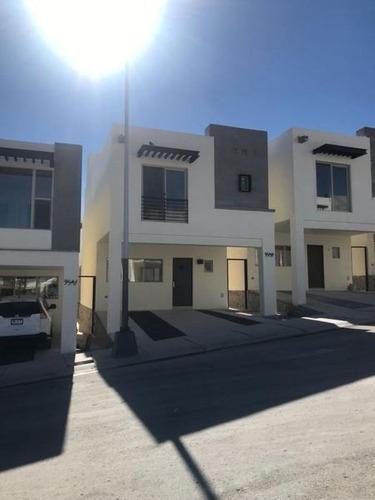 Nueva Casa En Renta Cerca De Cantera Frente A Parque En Monticcello