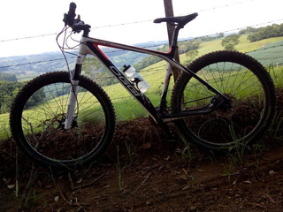 Bicicleta Oggi Carbon