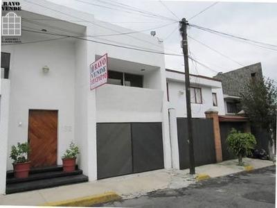 (crm-5206-1132) Casa Con Excelente Ubicación Cerca De Snata Fé