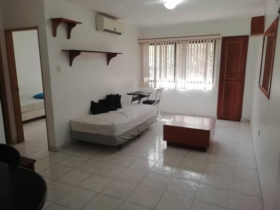Apartamento En Venta En Agua Blanca Valencia 21-159 Valgo