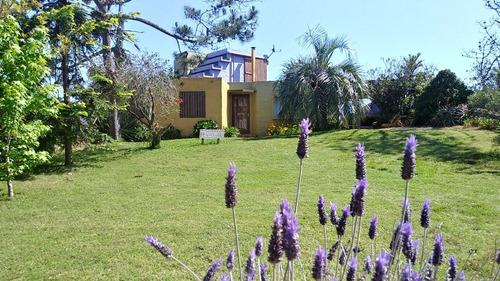 Enero No Disponible. Moderna Casa En La Balconada