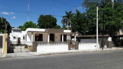 Increible Casa De Un Piso En La Garcia Gineres