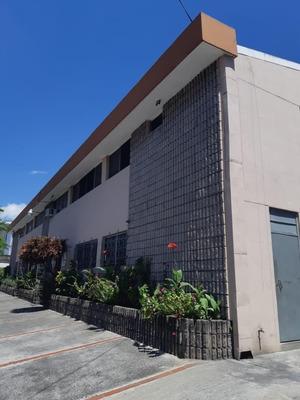 Bodega En Zona Industrial Santa Elena