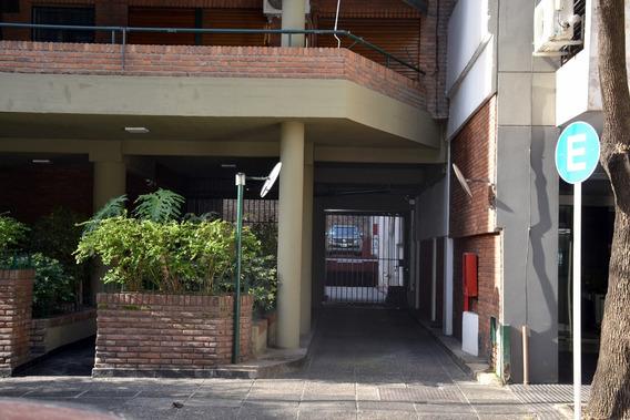 Dueño - Venta De Cochera Fija En Calle Moldes