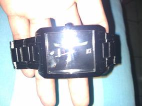 Reloj Negro Guess , Medio Uso En Buen Estado.