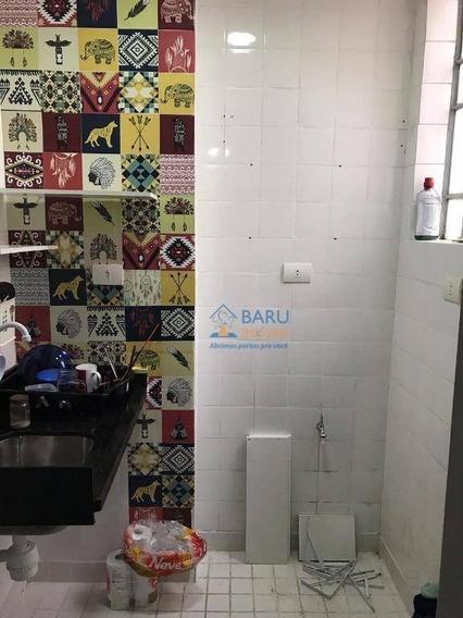 Kitnet Com 1 Dormitório Para Alugar, 30 M² Por R$ 900,00/mês - Centro - São Paulo/sp - Kn0208