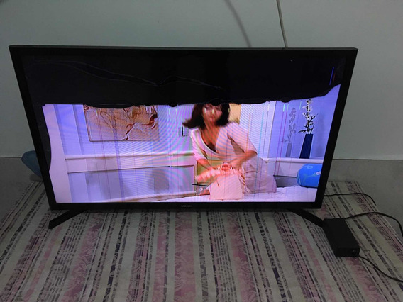 Tv Samsung 32 Smart, Com Defeito Na Tela