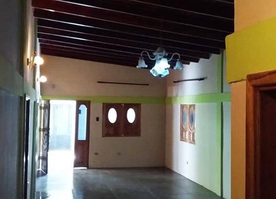 Casa Campestre En Upata, Sector Los Chorros.