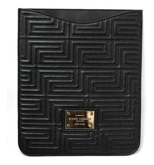 R$4.475 Versace Couture Em Couro Preto Case Para iPad Único