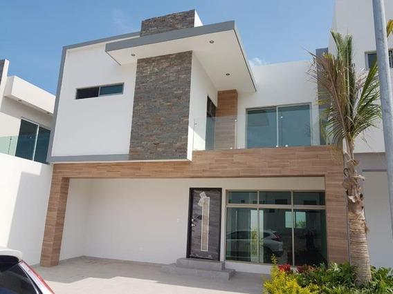 Casa En Venta En Altabrisa Bella Residencia En Privada Cerca De Playa