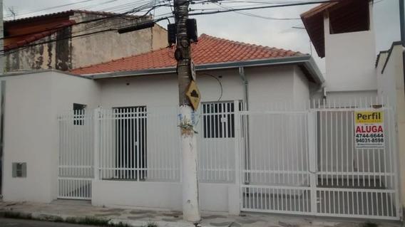 Casas - 2 Dormitórios - 815