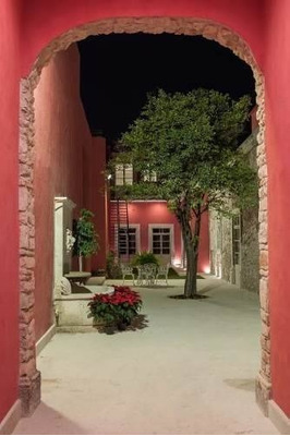 Residencia Boutique En El Centro Histórico De Querétaro - Re