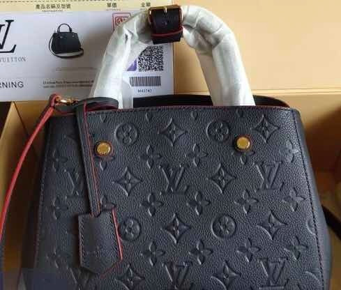 Bolsa Louis Vuitton Montaigne Bb