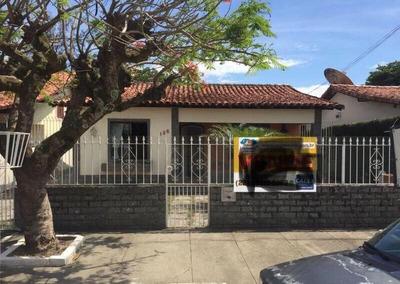 Casa A Venda No Bairro Centro Em Araruama - Rj. - 4426-1