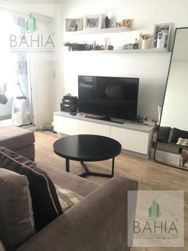 2 Ambientes C/cochera Y Lavadero - Excelente Ubicación