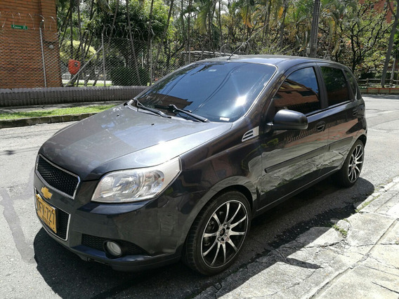 Chevrolet Aveo Emotion 2012 5p Gris Oscuro Full