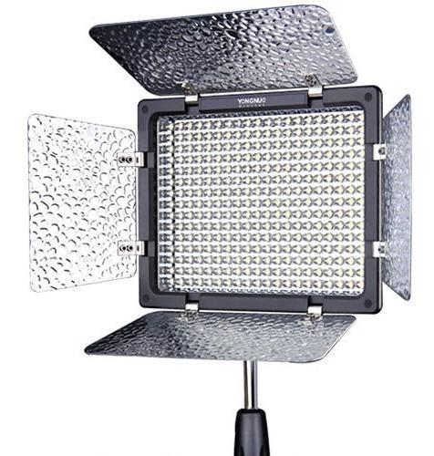 Iluminador Led Yongnuo Yn-300 Iii (somente Led) Novo