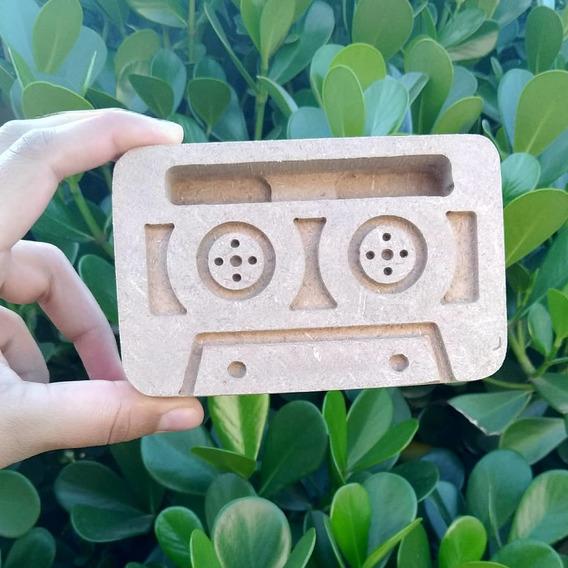Speaker Sound K7 - Porta Celular Com Caixa De Som Acústica.