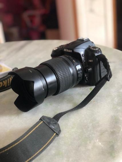 Câmera Nikon D90 + Lente Nikon 18-105
