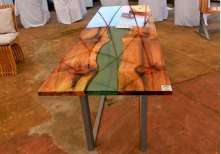 Mesa Con Cristal Liquido Epoxi