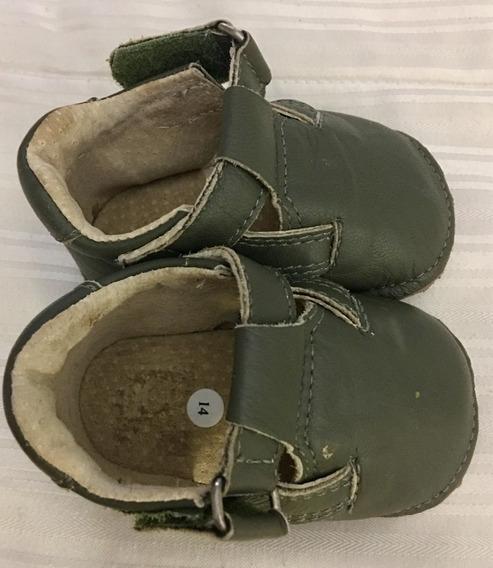 Sapatinho Bebê Verde Musgo