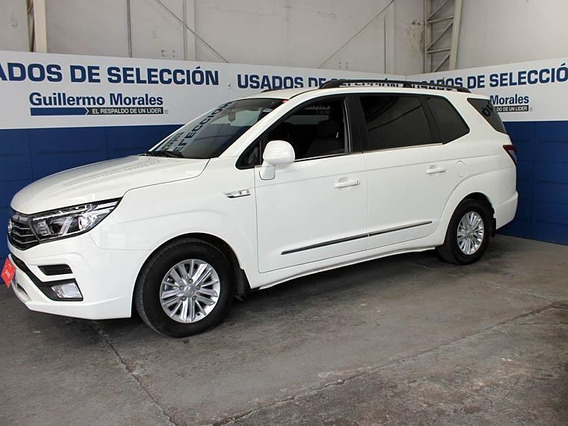 Ssangyong Stavic 2.2 Mt 4x2 Full* 2019
