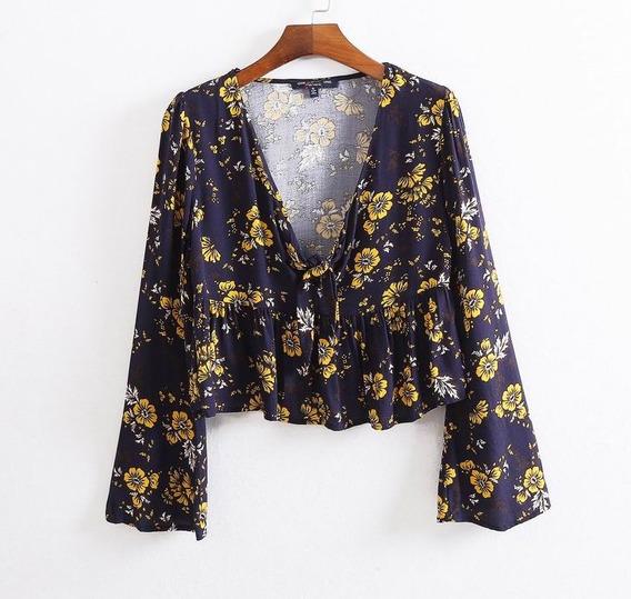 Blusa Bata Cropped Babado Decote Laço Estampada Floral Flare