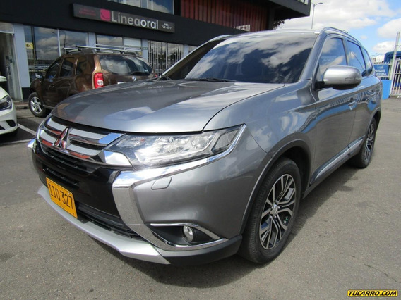 Mitsubishi Outlander At Hatch Back