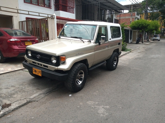 Toyota Land Cruiser 4.5 Macho