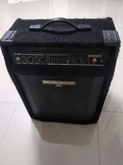 Amplificador De Bajo Behringer Bxl3000 Ultrabass Inmaculado