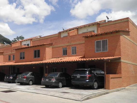 Townhouse En Venta Trigal Norte Valencia 19-14256 Gz