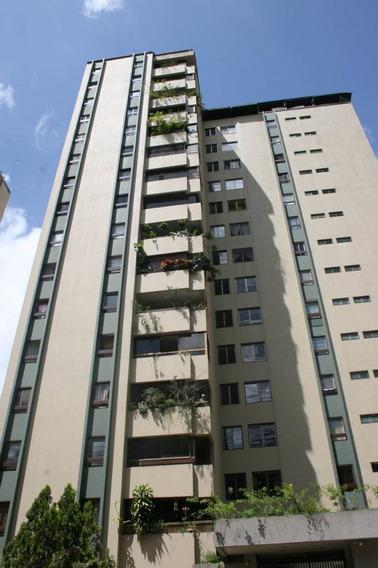 Apartamento En Venta El Cigarral Caracas 20-525