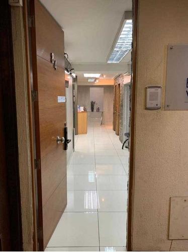 Oficina En Venta De 120 M2 Providencia Metro Los Leones.