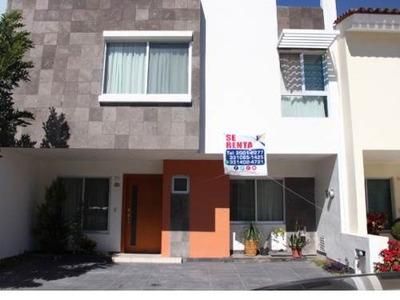 Casa En Renta En Zapopan Zona Real Valle Esmeralda