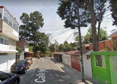 Casa En Azcapotzalco, Col. El Rosario, Calle Helio
