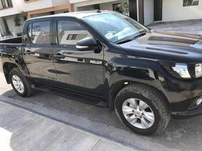 Toyota Hilux 2.7 Cabina Doble Sr Mt 2017