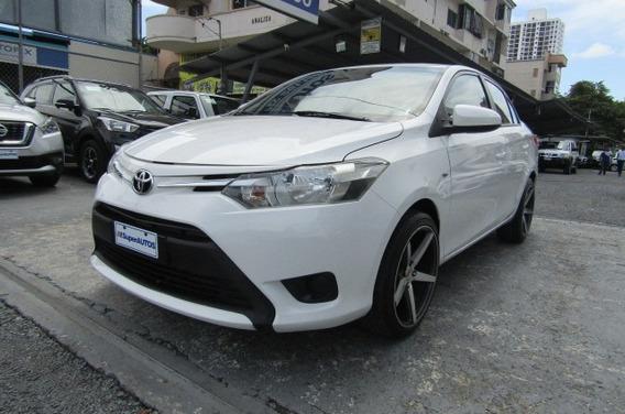 Toyota Yaris 2016 $ 11599