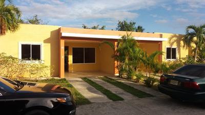 Casa En Alquiler En Boca Chica