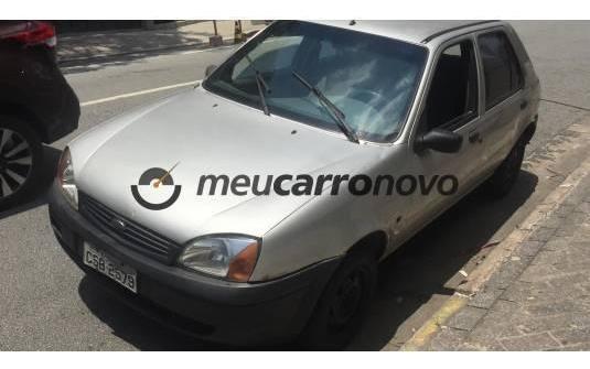 Vendo Ford Fiesta 2001 ,motor Zetec Rocam Gl 5 Portas ,1.