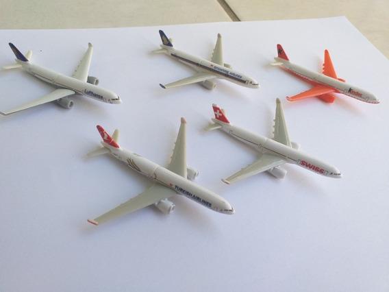 Miniaturas Aviões Air Bus Kinder Ovo