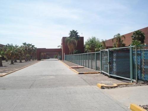 Bodega Comercial En Renta Santa Rita