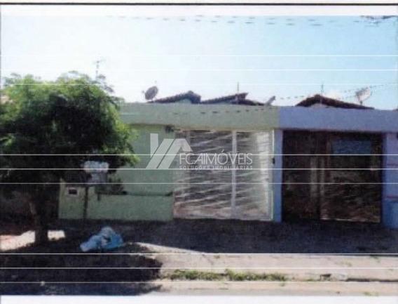 Rua Oscar Paraguassu, Bairro Industrial, Pirapora - 214165