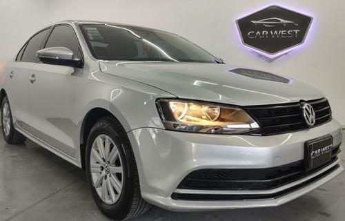 Volkswagen Vento 2.0 Advance Nafta 110cv 2015 Carwestok