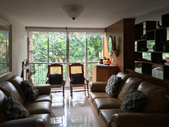 Apartamento En El Barrio Carlos E. Restrepo