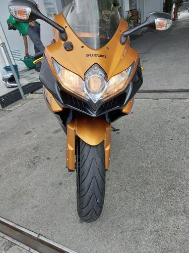 Imagem 1 de 5 de Suzuki  Gsx-r750