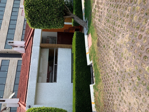 Casa En Condominio En Renta En  Lomas De Vista Hermosa (502189 ) ( 3 Recámaras, 2.5 Baños, 280m2)